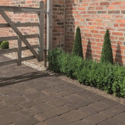 Stone - Lumley Cobble - Block Paving - Stone 60mm - (240no Per Pack)7.48 m2