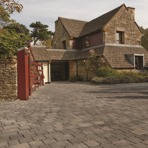 Graphite - Woburn Rumbled Infilta - Block Paving - Graphite 134x134x60mm Medium - (468no Per Pack)8.35 m2